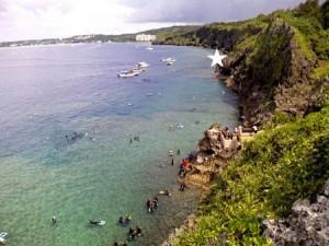 青の洞窟「真栄田岬」の場所や行き方